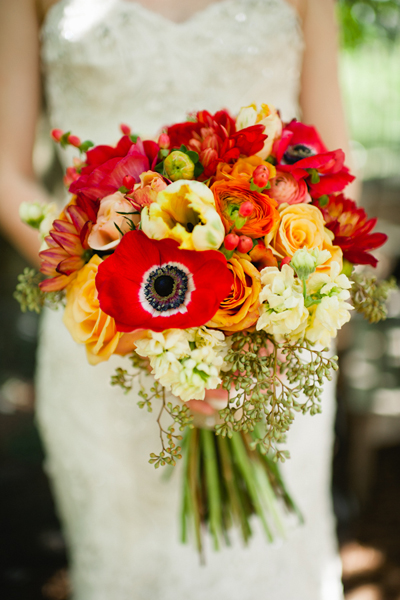 wedding-red-bouquet